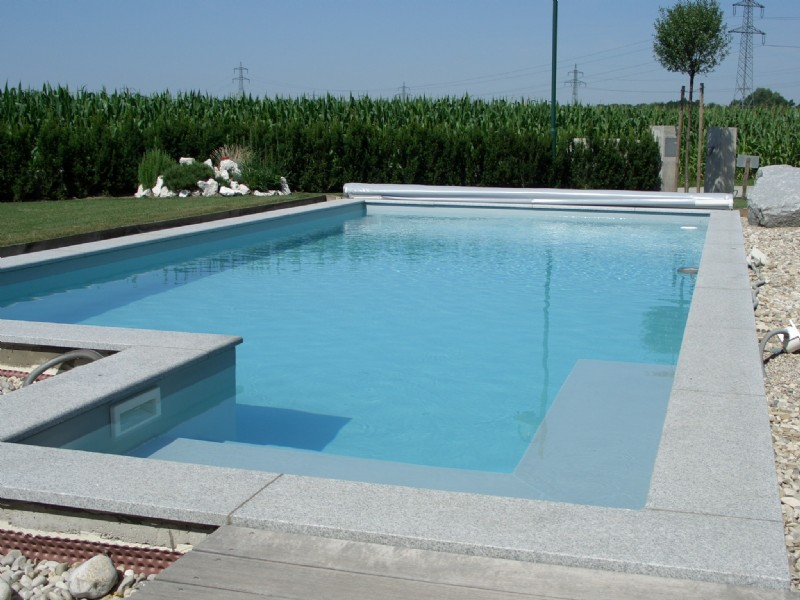Poolbau individuelle pools in ober sterreich for Gartenpool undicht
