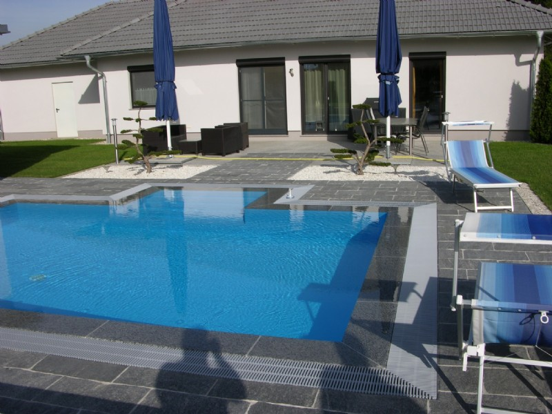 poolbau individuelle pools in ober sterreich. Black Bedroom Furniture Sets. Home Design Ideas
